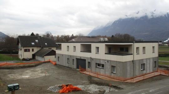centre de soins et 3 appartements